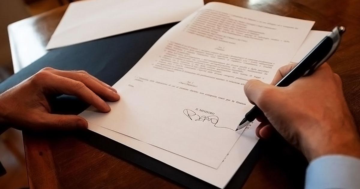 Consulta professioni sanitarie, Speranza firma il decreto