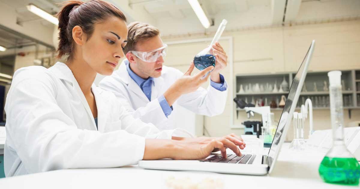 Responsabile farmacovigilanza, chi è e cosa fa: requisiti, formazione e stipendio