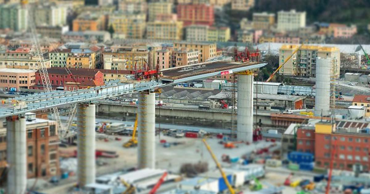 Varo Ponte Morandi, la prima maxi trave