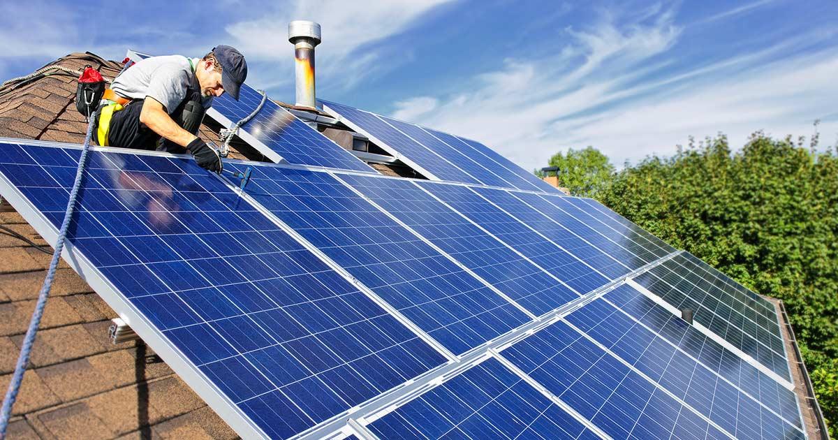 L'energia rinnovabile in Italia cresce grazie ai mini impianti