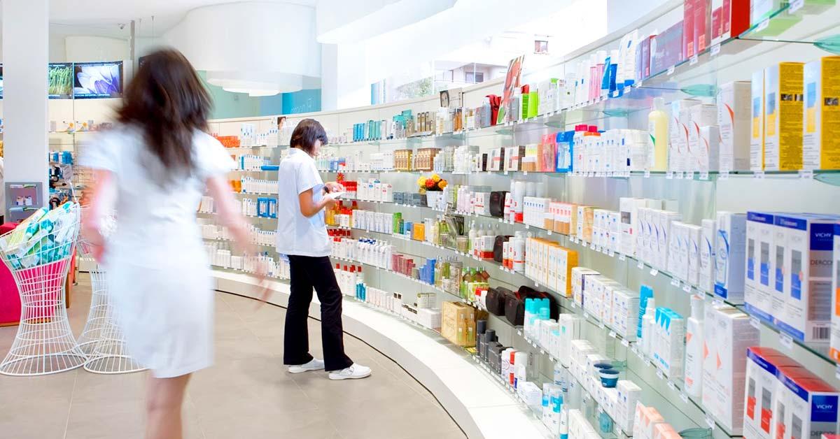 Farmaci, la produzione balza ai massimi storici