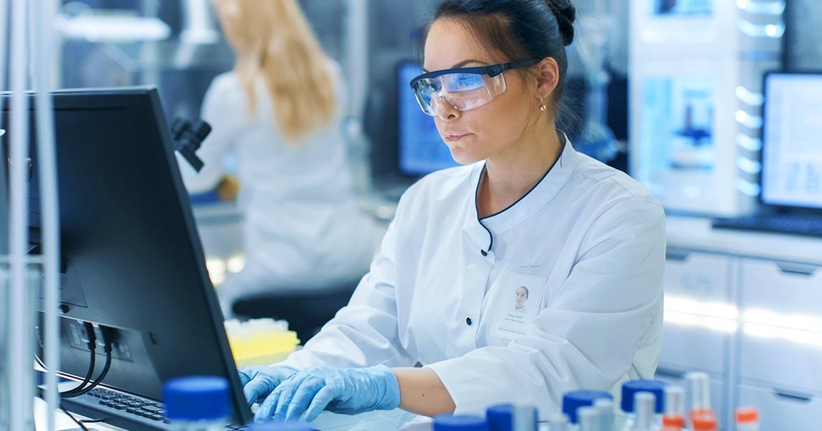 Quality Assurance Specialist: cosa fa, stipendio, formazione per il lavoro in ambito farmaceutico