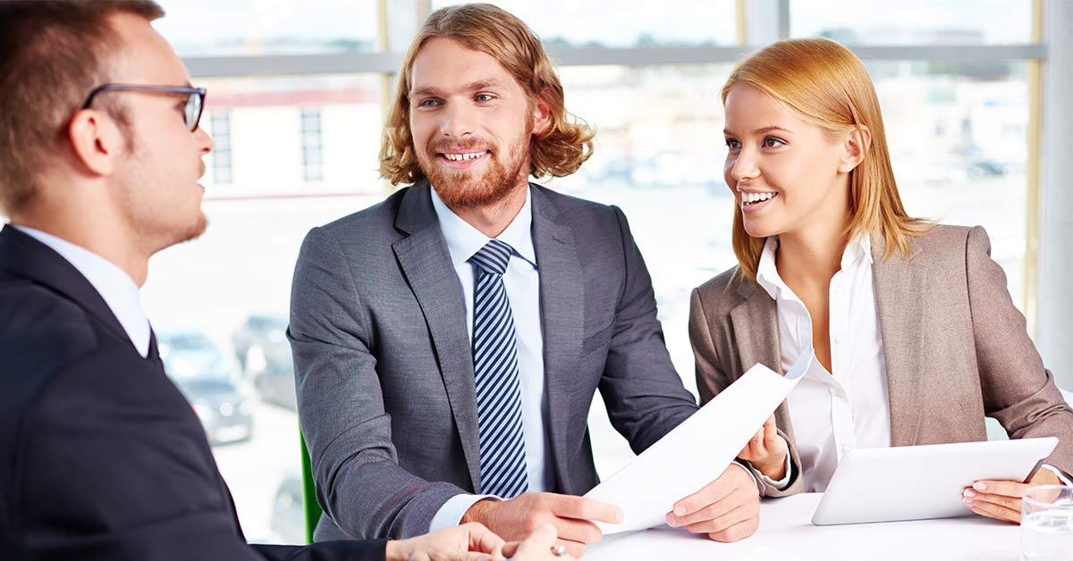 """Alla ricerca di un nuovo lavoro? Come aumentare le possibilità di essere """"cacciati"""" dagli head hunter"""