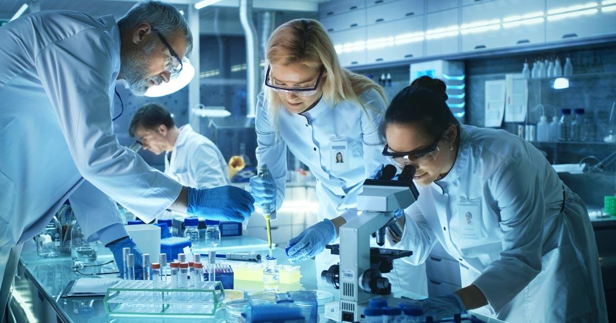 Risultati immagini per industria farmaceutica